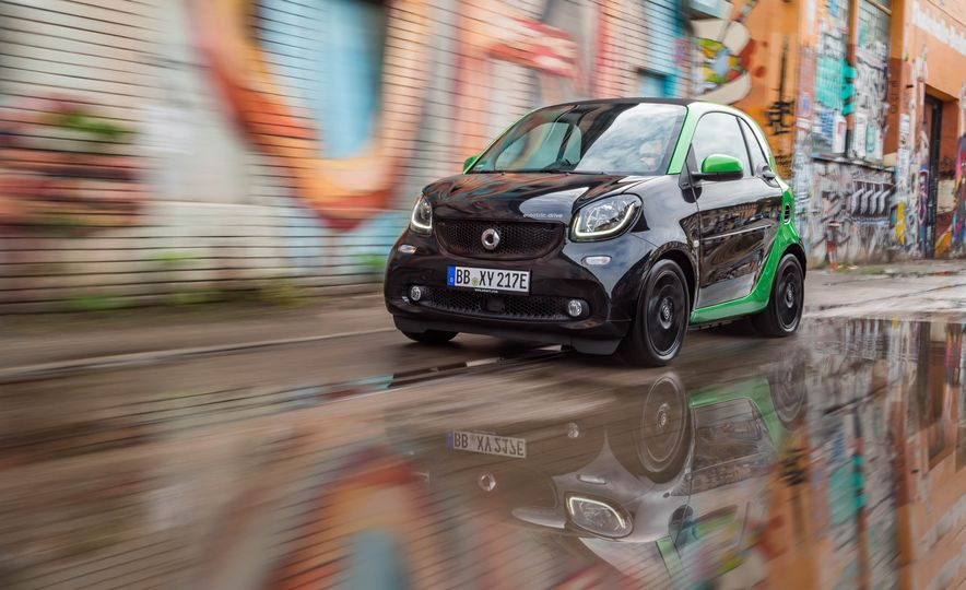 2018 Smart Fortwo Electric Drive - Slide 8