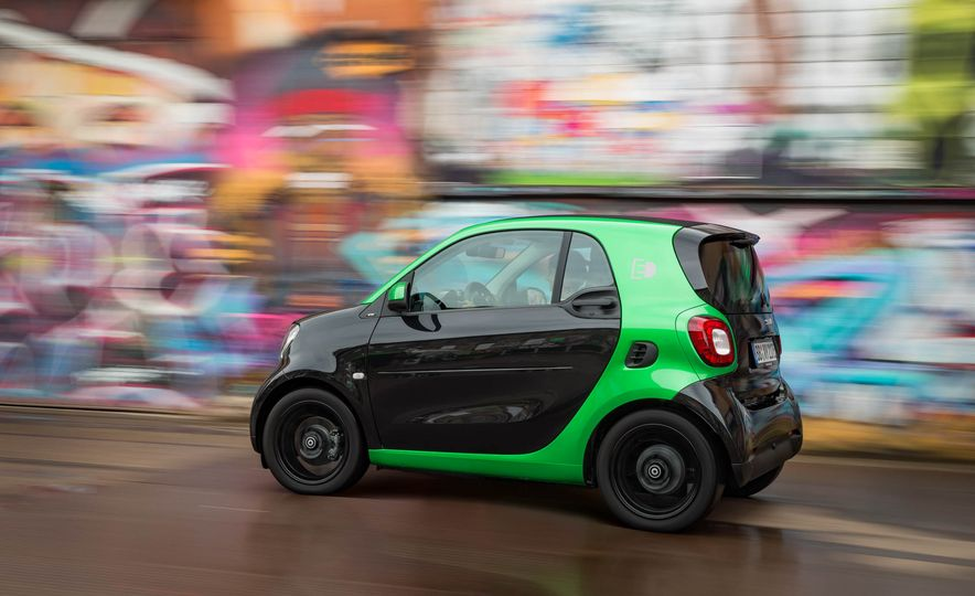 2018 Smart Fortwo Electric Drive - Slide 10