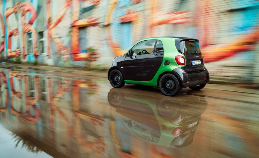 2018 Smart Fortwo Electric Drive - Slide 11