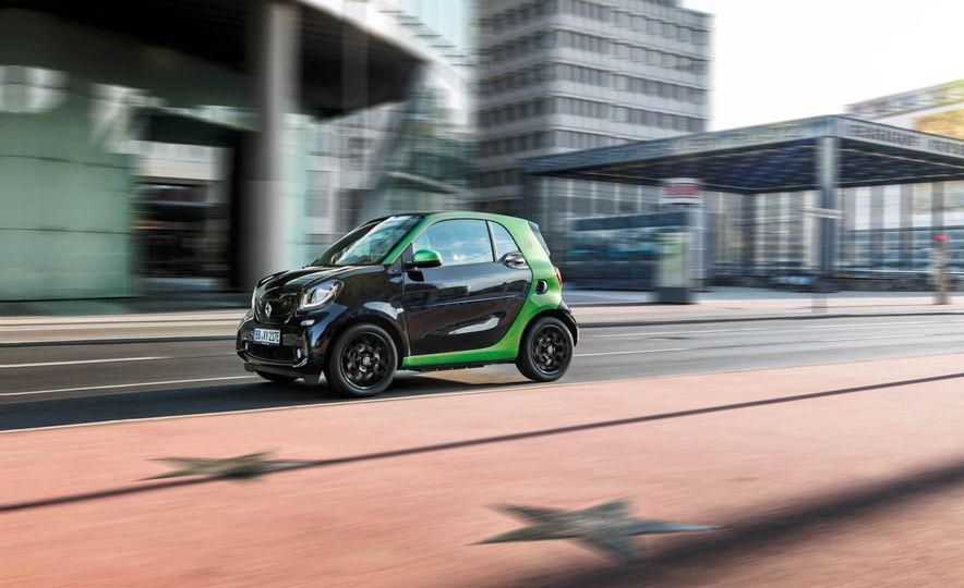 2018 Smart Fortwo Electric Drive - Slide 14