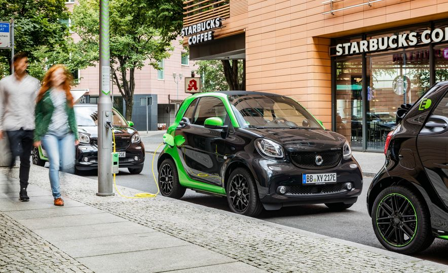 2018 Smart Fortwo Electric Drive - Slide 22