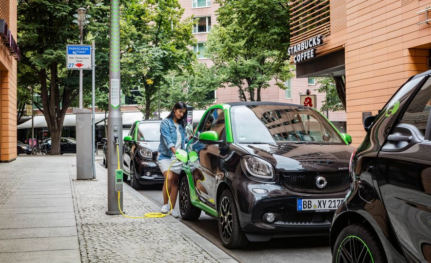 2018 Smart Fortwo Electric Drive - Slide 23