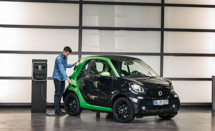 2018 Smart Fortwo Electric Drive - Slide 30