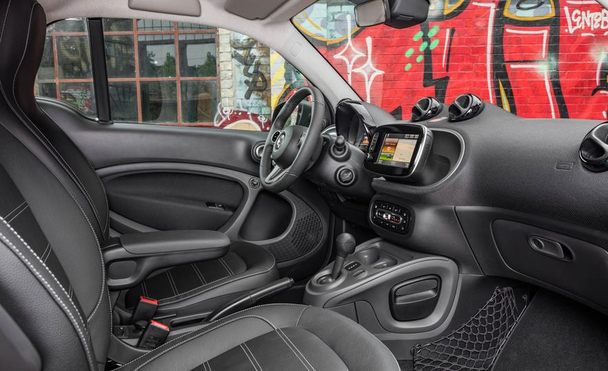 2018 Smart Fortwo Electric Drive - Slide 33