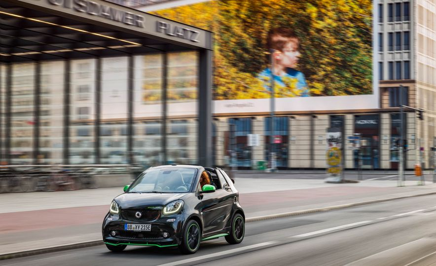 2018 Smart Fortwo Electric Drive - Slide 35