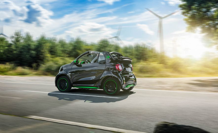 2018 Smart Fortwo Electric Drive - Slide 39