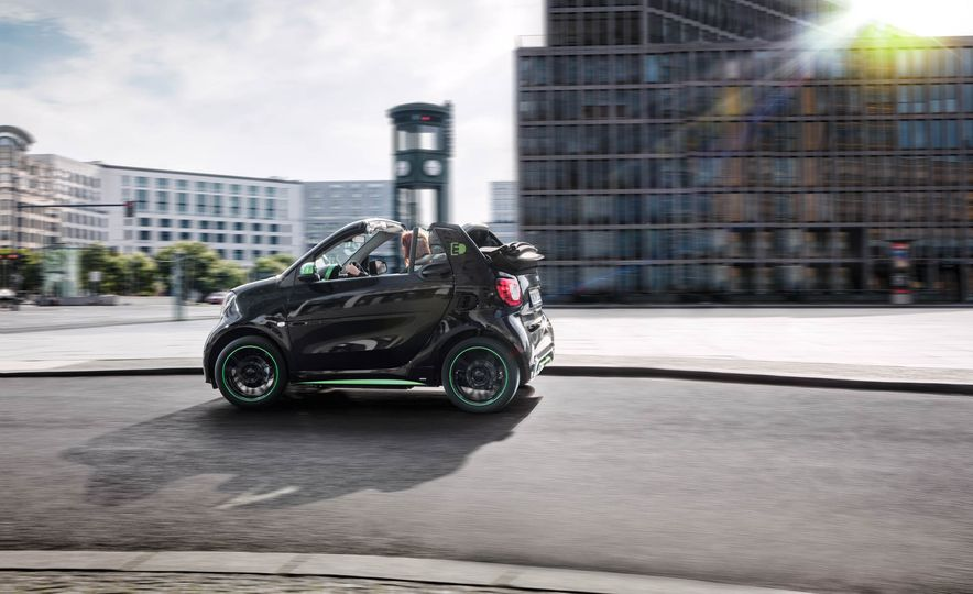 2018 Smart Fortwo Electric Drive - Slide 41
