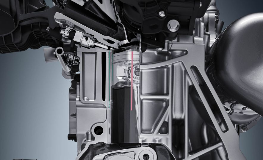 Infiniti VC-T engine cutaway - Slide 13