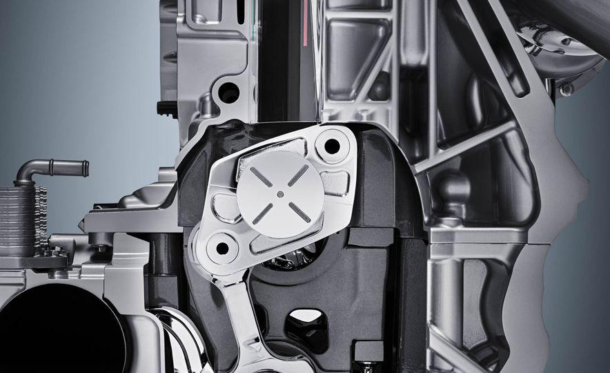 Infiniti VC-T engine cutaway - Slide 14