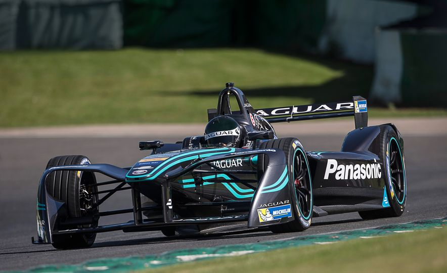 Jaguar I-type Formula E race car - Slide 1