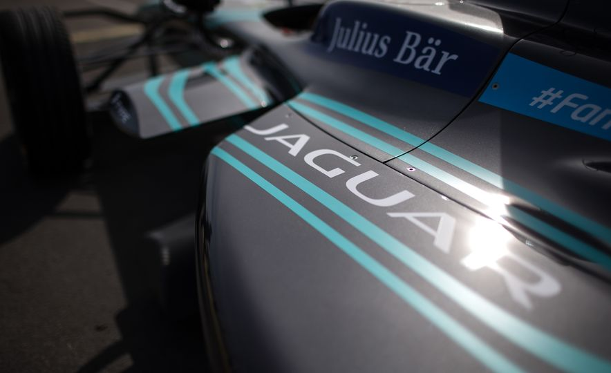 Jaguar I-type Formula E race car - Slide 5