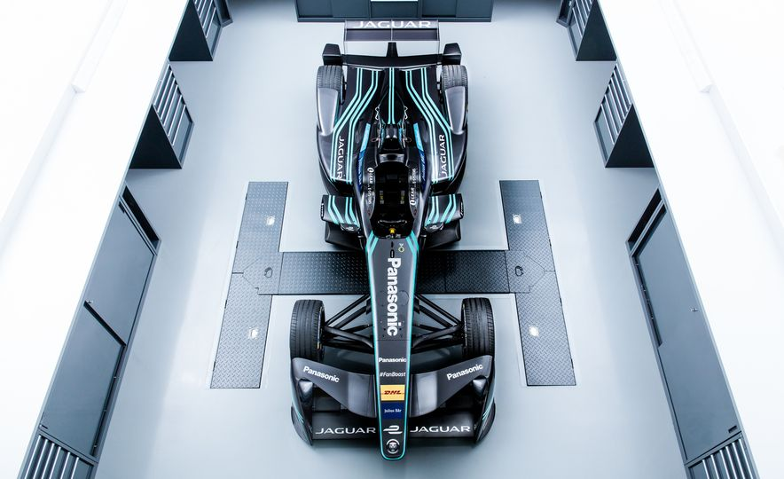 Jaguar I-type Formula E race car - Slide 6
