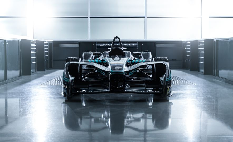 Jaguar I-type Formula E race car - Slide 8