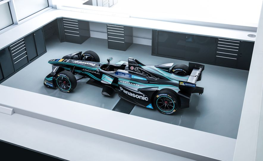 Jaguar I-type Formula E race car - Slide 10