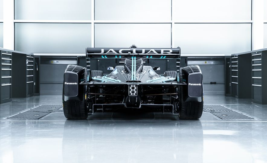 Jaguar I-type Formula E race car - Slide 11
