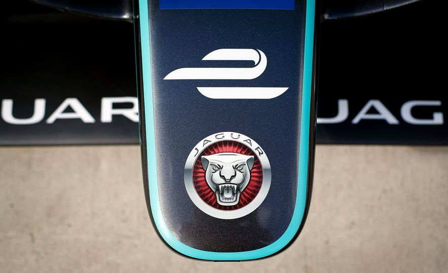 Jaguar I-type Formula E race car - Slide 14