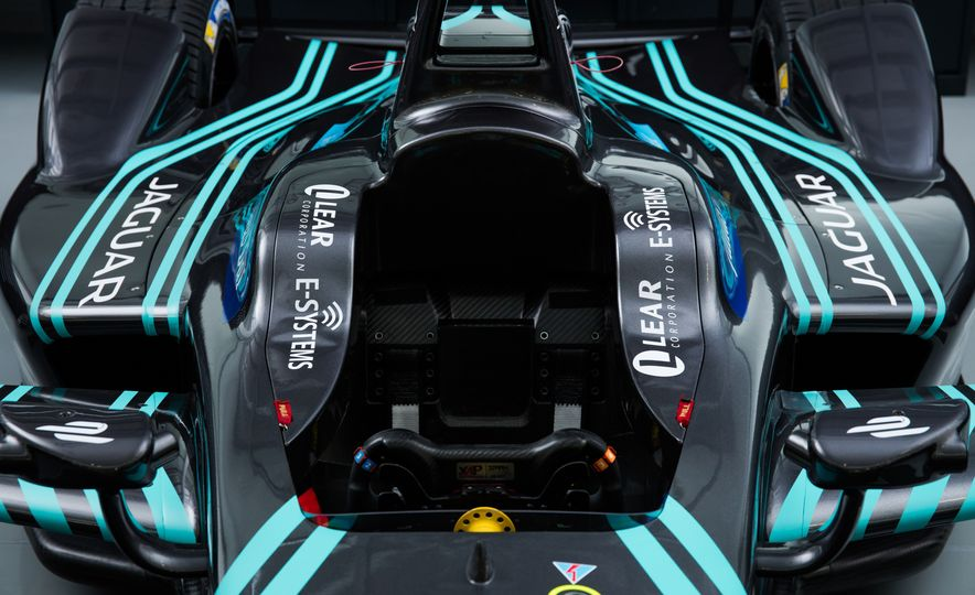 Jaguar I-type Formula E race car - Slide 15