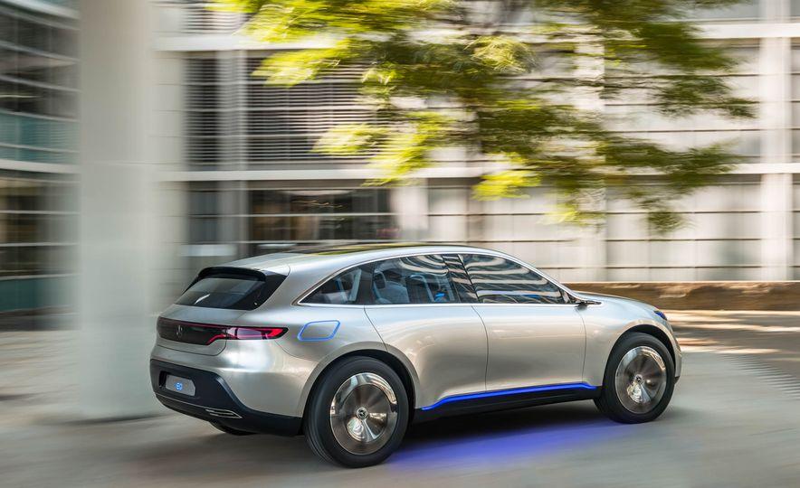 Mercedes-Benz Electric Drive concept - Slide 10