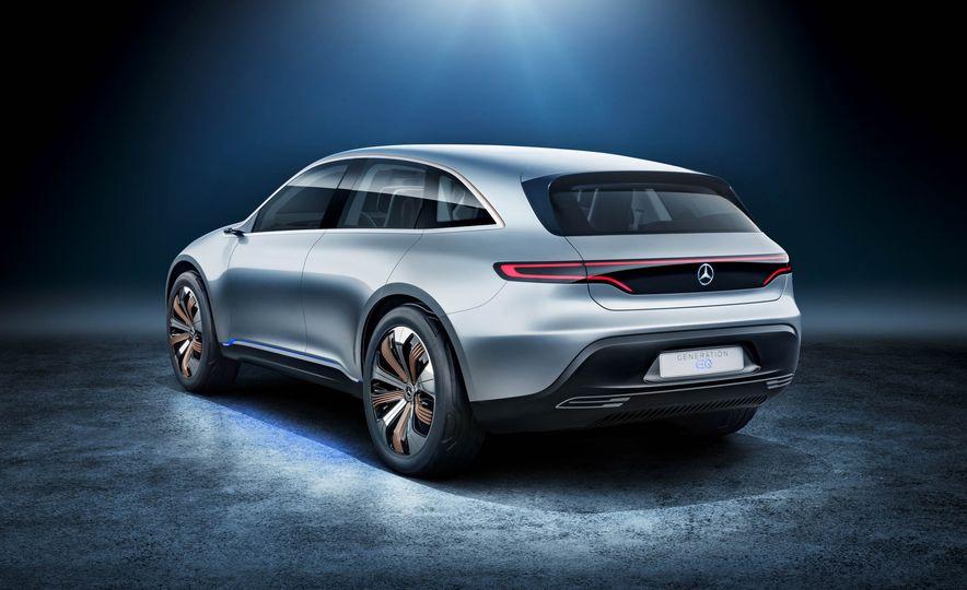 Mercedes-Benz Electric Drive concept - Slide 12
