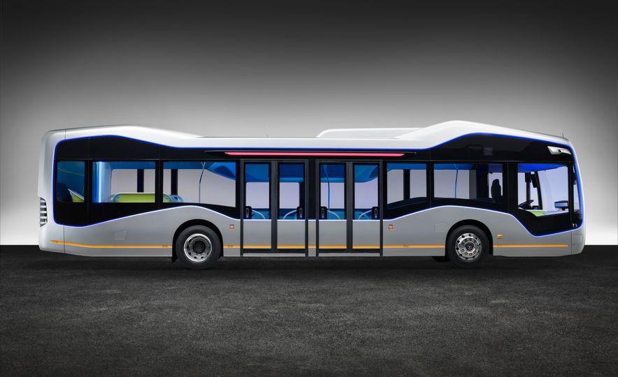 Mercedes-Benz Urban eTruck concept - Slide 29