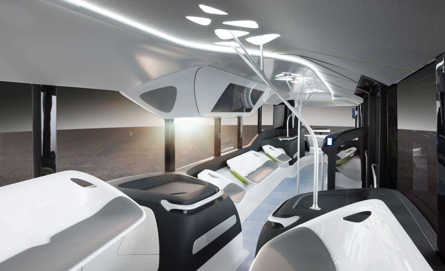 Mercedes-Benz Urban eTruck concept - Slide 33