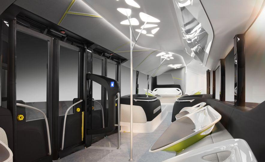 Mercedes-Benz Urban eTruck concept - Slide 35