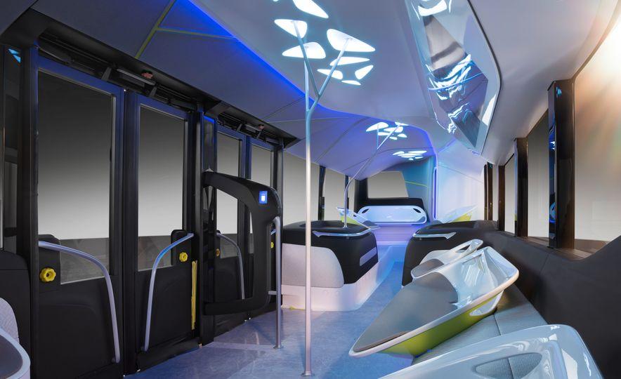 Mercedes-Benz Urban eTruck concept - Slide 36