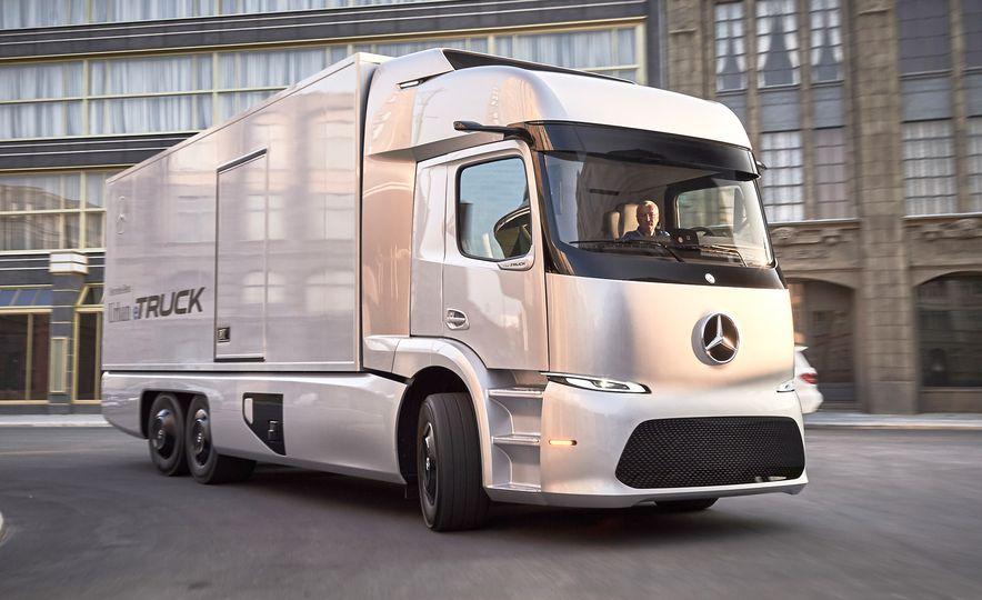 Mercedes-Benz Urban eTruck concept - Slide 1