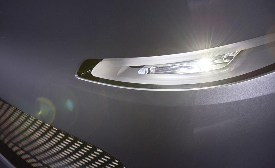 Mercedes-Benz Urban eTruck concept - Slide 15