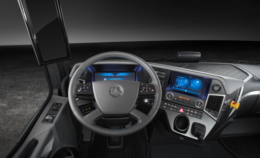 Mercedes-Benz Urban eTruck concept - Slide 19
