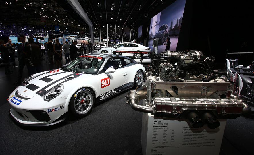 Porsche 911 GT3 Cup - Slide 1