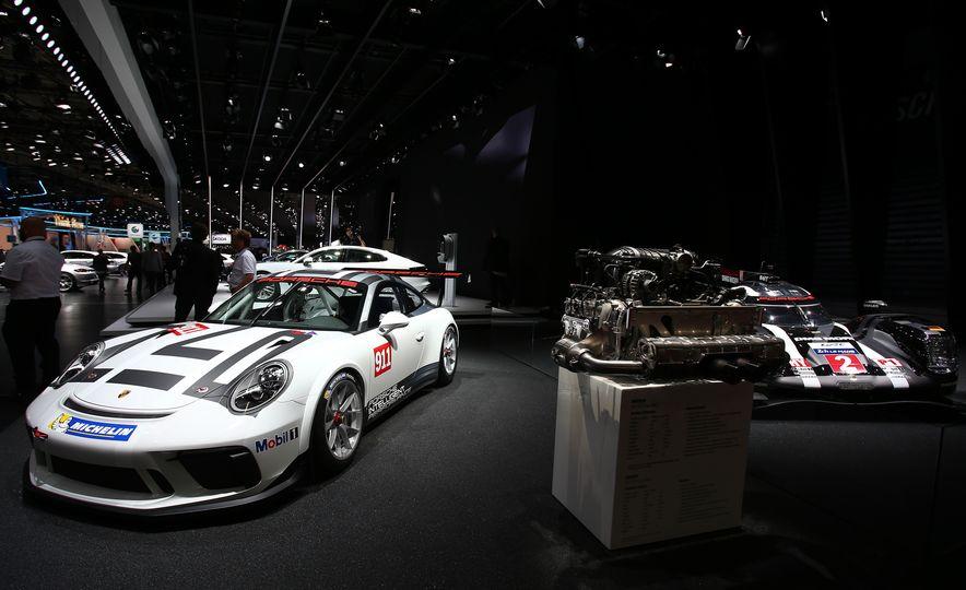 Porsche 911 GT3 Cup - Slide 2