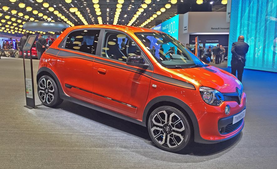 Frenches of Fancy: 7 French Cars from the 2016 Paris Auto Show We Want in the U.S. - Slide 12