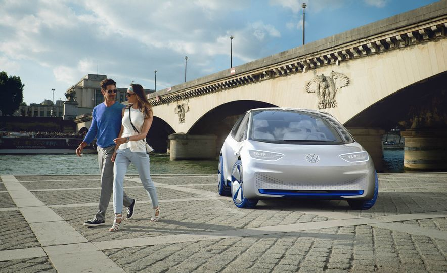 Volkswagen I.D. Electric Concept - Slide 23