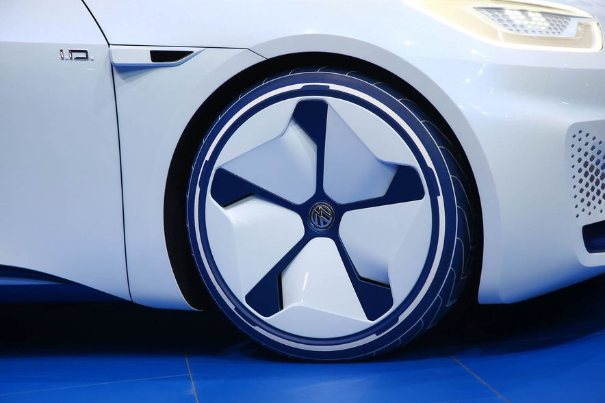 Volkswagen I.D. Electric Concept - Slide 9