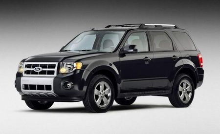 Ford Recalls 329,000 Escape and Mercury Mariner SUVs for Fuel Leaks