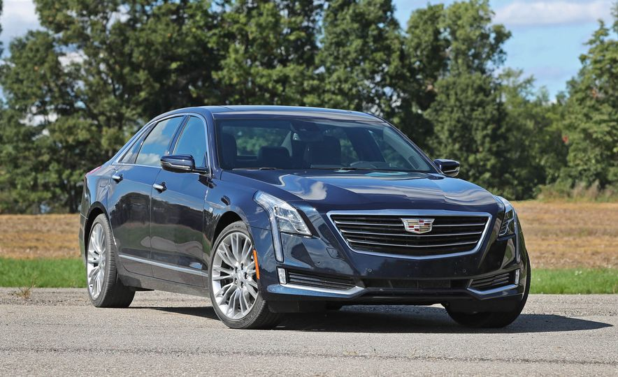 2016 Cadillac CT6 AWD - Slide 3