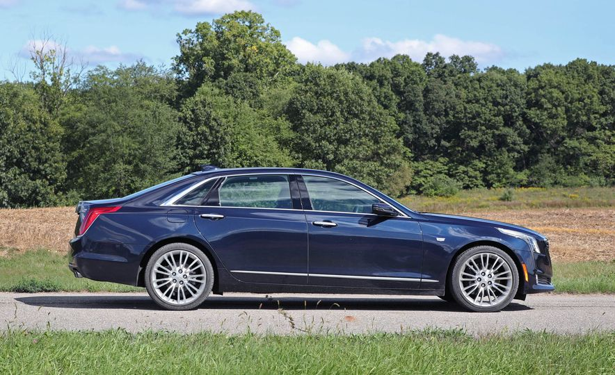 2016 Cadillac CT6 AWD - Slide 6