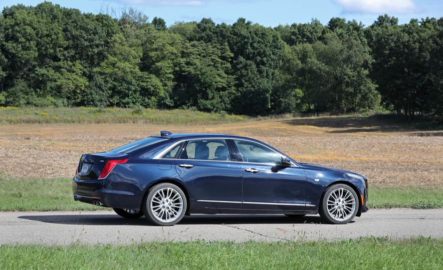 2016 Cadillac CT6 AWD - Slide 7