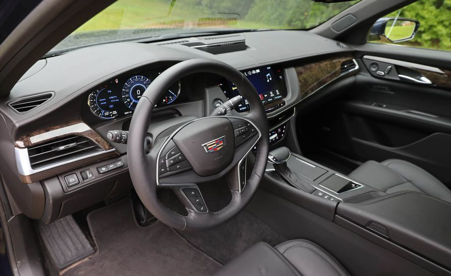 2016 Cadillac CT6 AWD - Slide 21