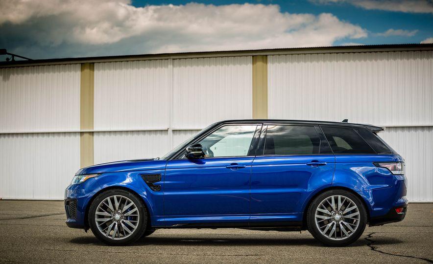 2016 Land Rover Range Rover Sport SVR - Slide 15