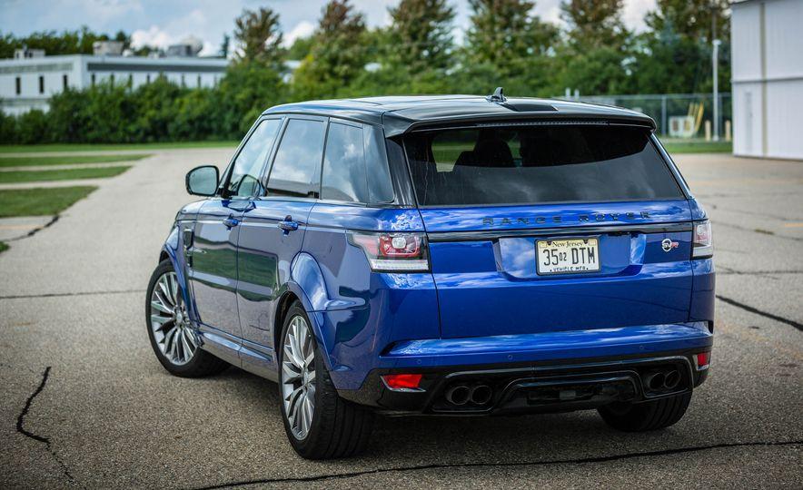 2016 Land Rover Range Rover Sport SVR - Slide 16