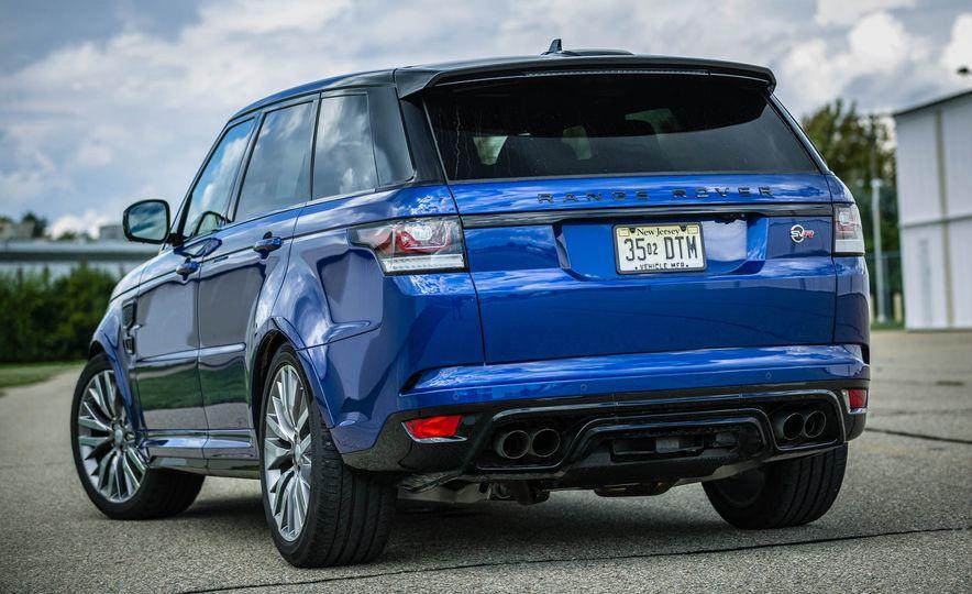 2016 Land Rover Range Rover Sport SVR - Slide 17