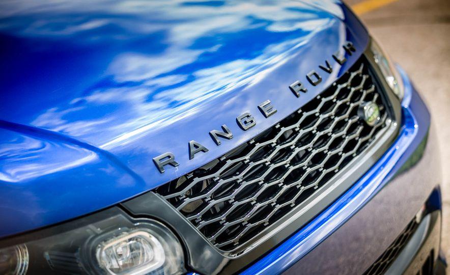 2016 Land Rover Range Rover Sport SVR - Slide 19