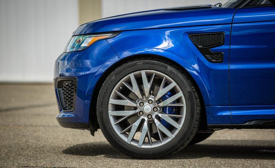 2016 Land Rover Range Rover Sport SVR - Slide 22