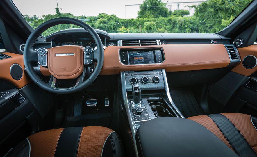 2016 Land Rover Range Rover Sport SVR - Slide 28