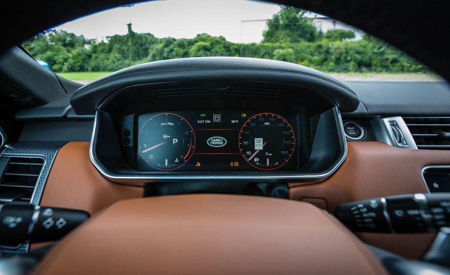 2016 Land Rover Range Rover Sport SVR - Slide 30