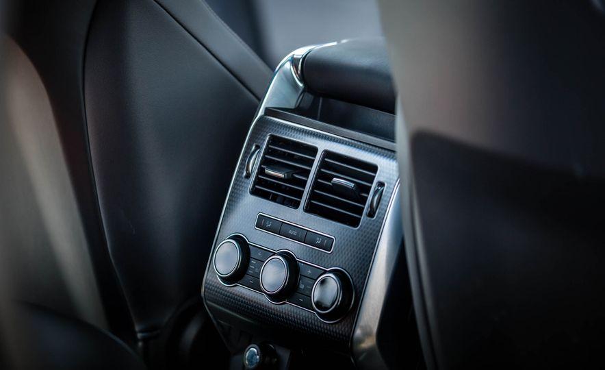 2016 Land Rover Range Rover Sport SVR - Slide 37