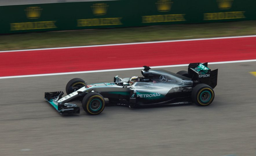 Scenes from the 2016 United States Grand Prix at COTA - Slide 18