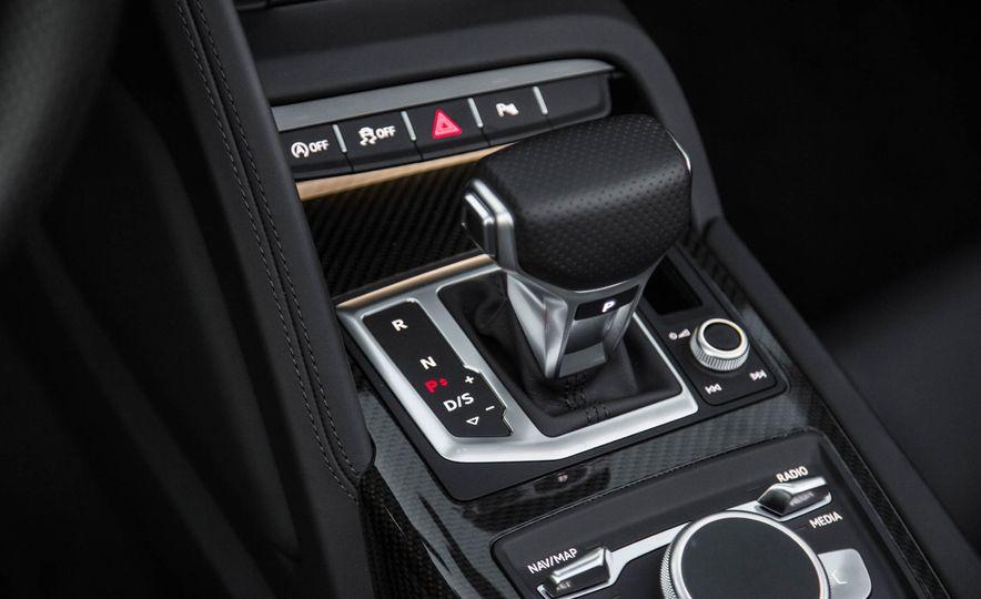 2017 Audi R8 Spyder (Euro-spec) - Slide 40